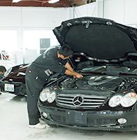業界最高水準の修理保証サービスが全車標準付帯!